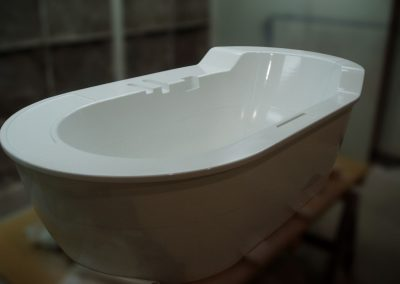 Prototype-de-bain-en-composites1-1024x768